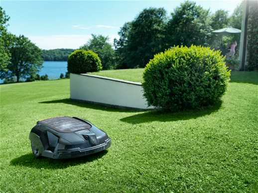 worx landroid robotic lawn mower cool stuff dude. Black Bedroom Furniture Sets. Home Design Ideas