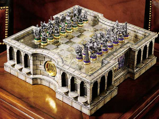 The Lord Of The Rings Collector S Chess Set Cool Stuff Dude