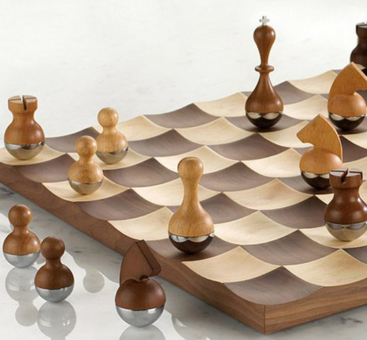 Wobble chess set cool stuff dude - Wobble chess set ...