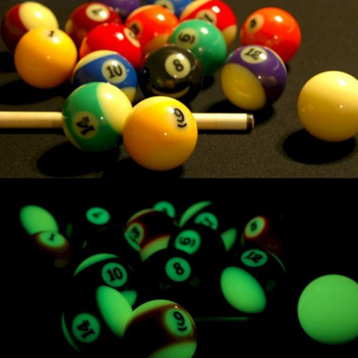 Glow In The Dark Pool Balls Cool Stuff Dude